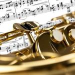 spartito e saxofono