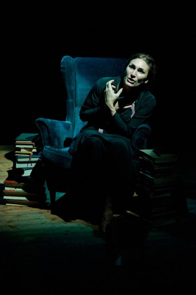 http://pierpaoloiacopini.com/wp-content/uploads/2015/01/pierpaoloiacopini-spettacolo-teatro-firenze-roma-2.jpg