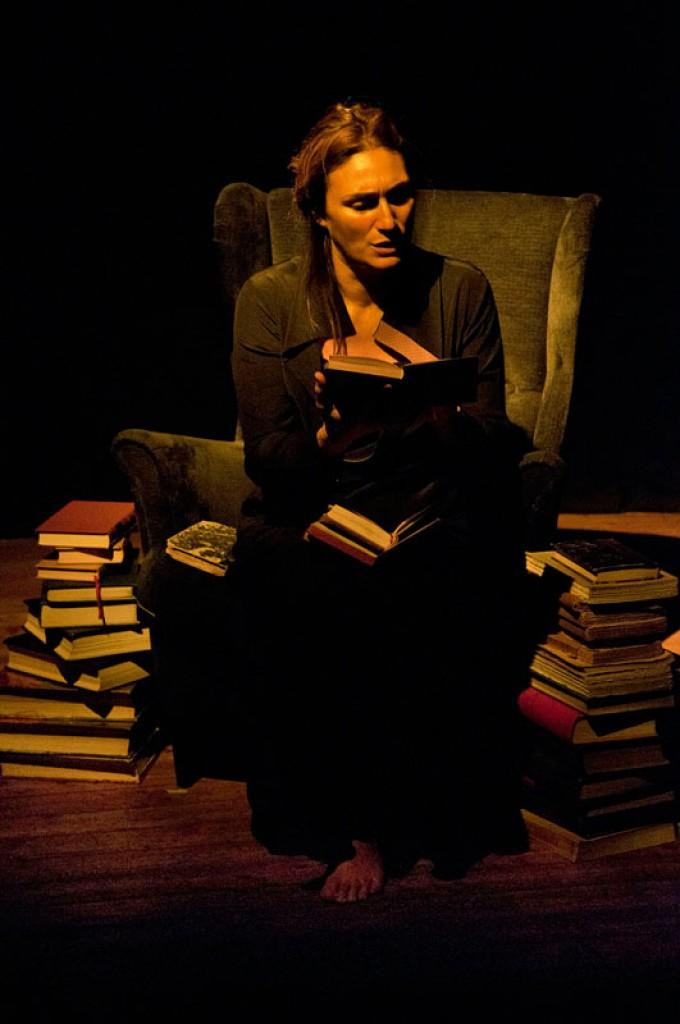 http://pierpaoloiacopini.com/wp-content/uploads/2015/01/pierpaoloiacopini-spettacolo-teatro-firenze-roma-6.jpg