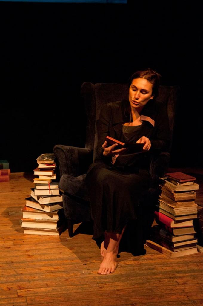 http://pierpaoloiacopini.com/wp-content/uploads/2015/01/pierpaoloiacopini-spettacolo-teatro-firenze-roma.jpg