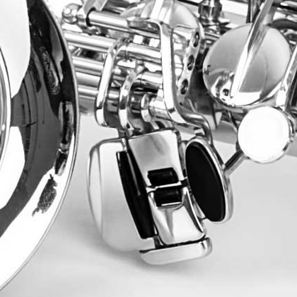 http://pierpaoloiacopini.com/wp-content/uploads/2016/03/saxofono-particolare-2.jpg
