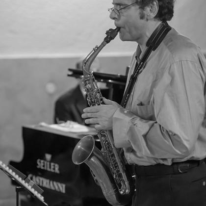 http://pierpaoloiacopini.com/wp-content/uploads/2016/03/saxofono-pianoforte-2016.jpg